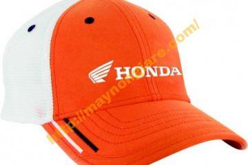 May mũ nón lưỡi trai tại Hà Nội